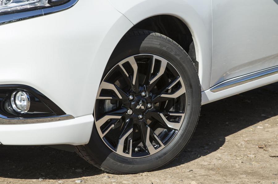 Mitsubishi Outlander PHEV alloy wheels