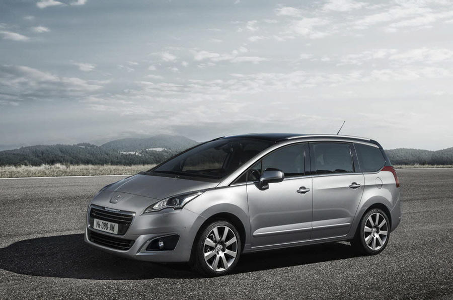 Peugeot 5008 facelift revealed
