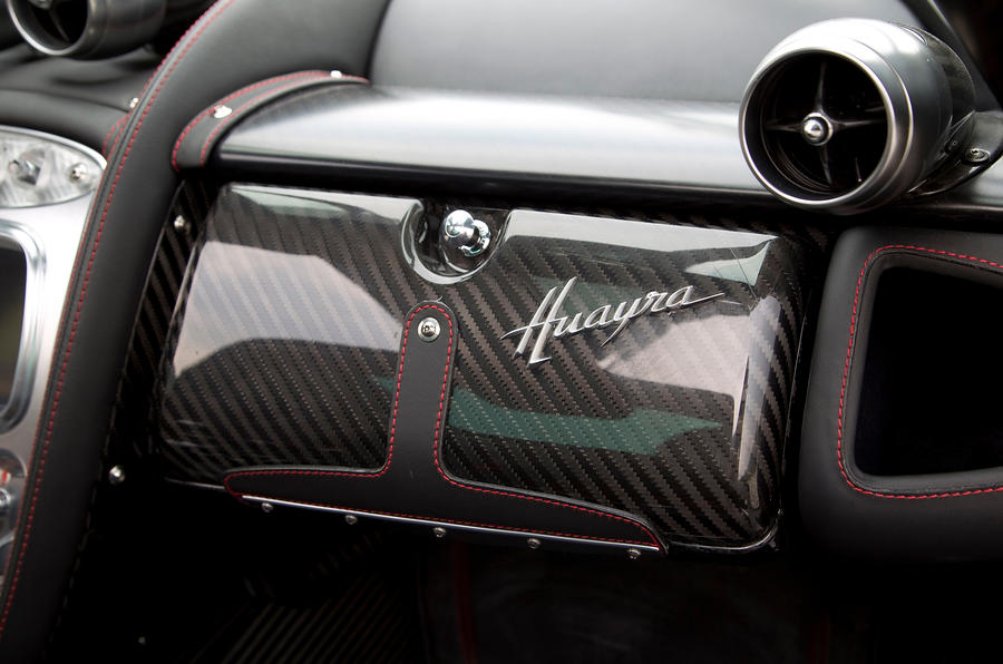 Pagani Huayra carbonfibre glovebox