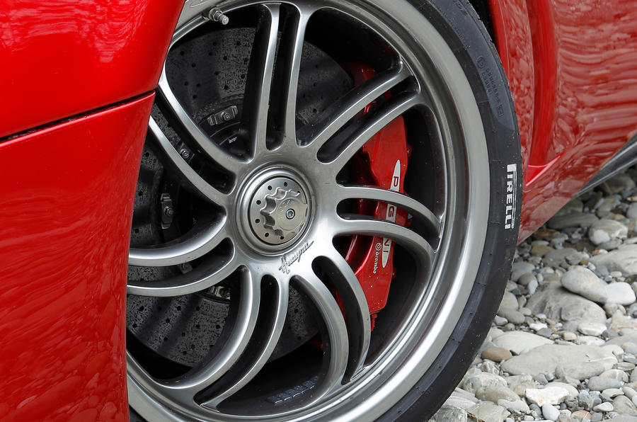 Pagani Huayra alloy wheel
