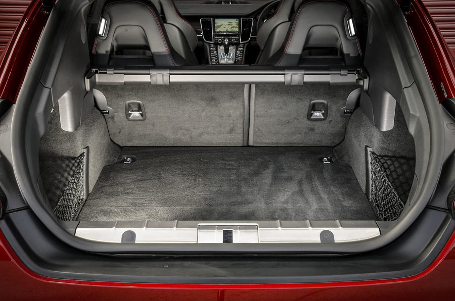 Porsche Panamera GTS boot space