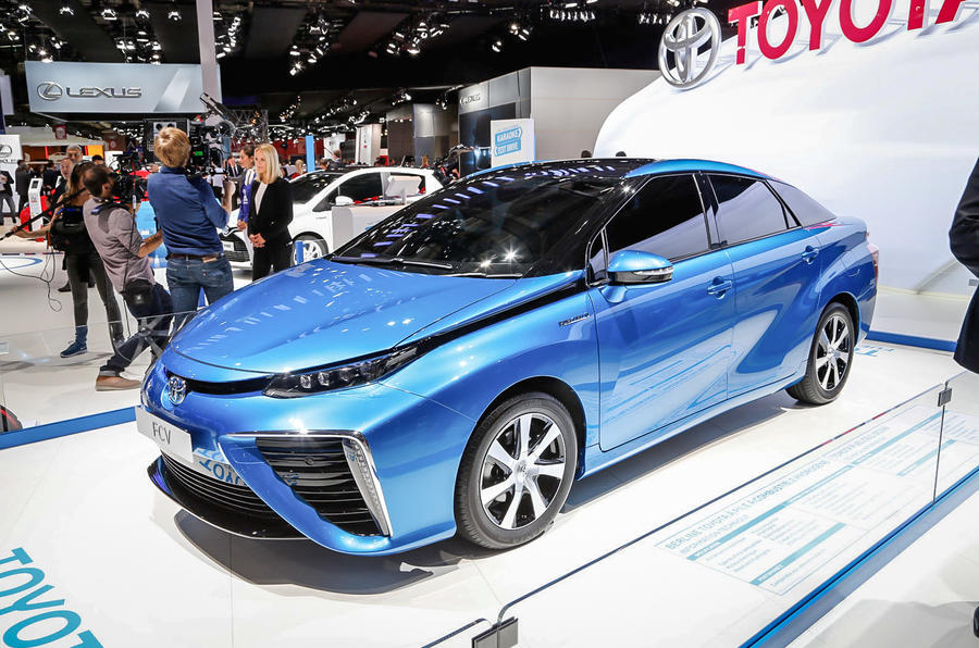 Hydrogen-powered Toyota FCV to arrive next year