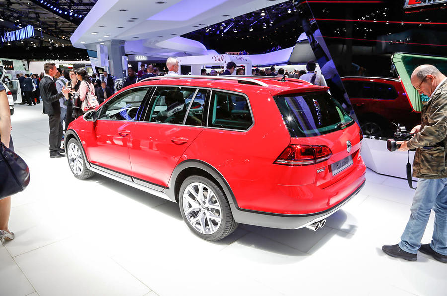 Volkswagen reveals new Golf Alltrack ahead of Paris debut