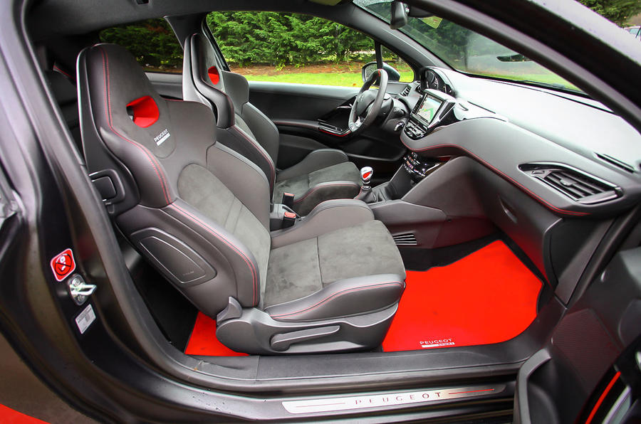 Peugeot 208 GTi 30th Anniversary interior