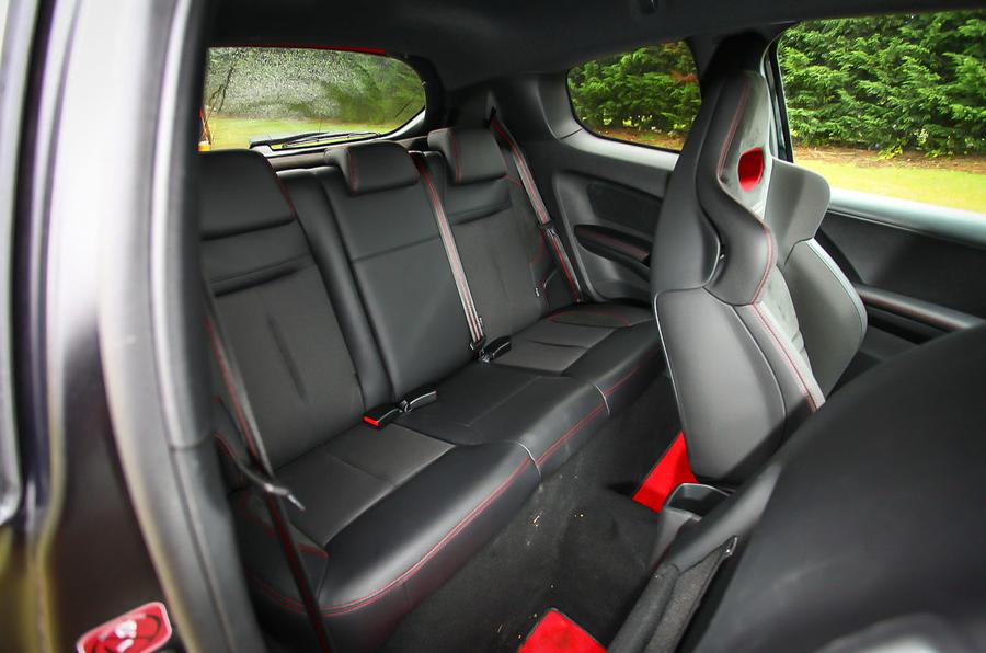 2014 Peugeot 208 GTi 30th Anniversary