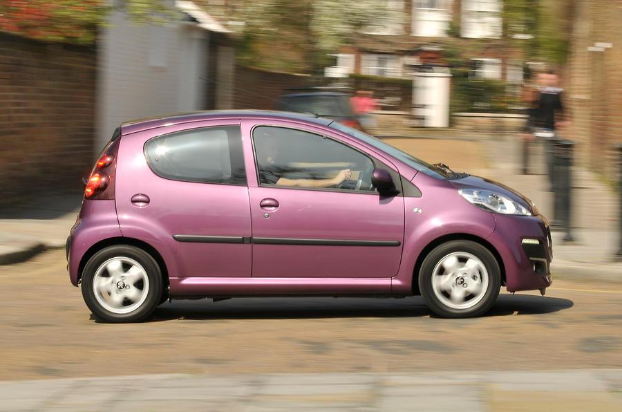 Peugeot 107 side profile
