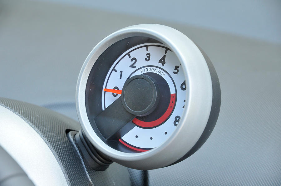 Peugeot 107 rev counter