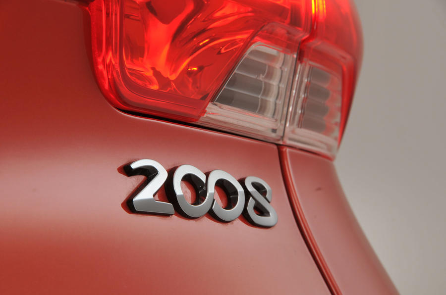 Peugeot 2008 badging
