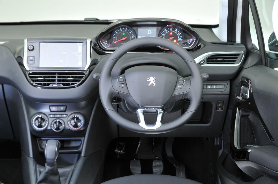 Peugeot 208 review 2017 autocar for Peugeot 208 interior 2017