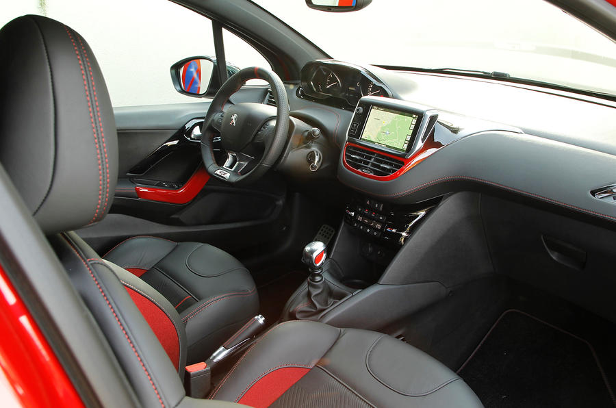 Peugeot 208 gti review 2017 autocar for Peugeot 208 interior 2017