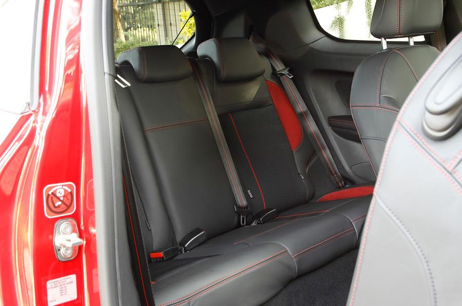 Peugeot 208 GTi rear seats