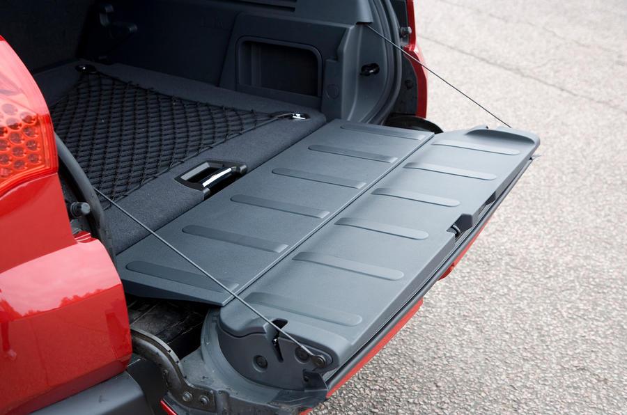Peugeot 3008 split-tailgate