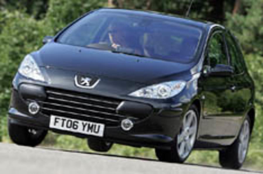 Peugeot tweaks the 307 range