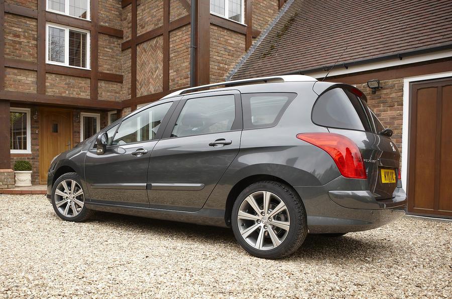 Peugeot 308 2007-2013 interior