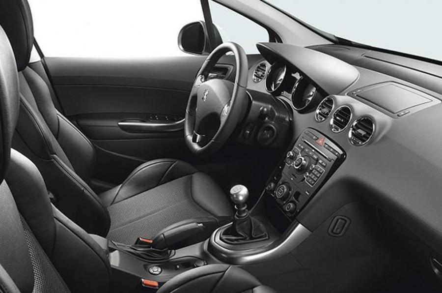 Peugeot 308 'GTI' revealed