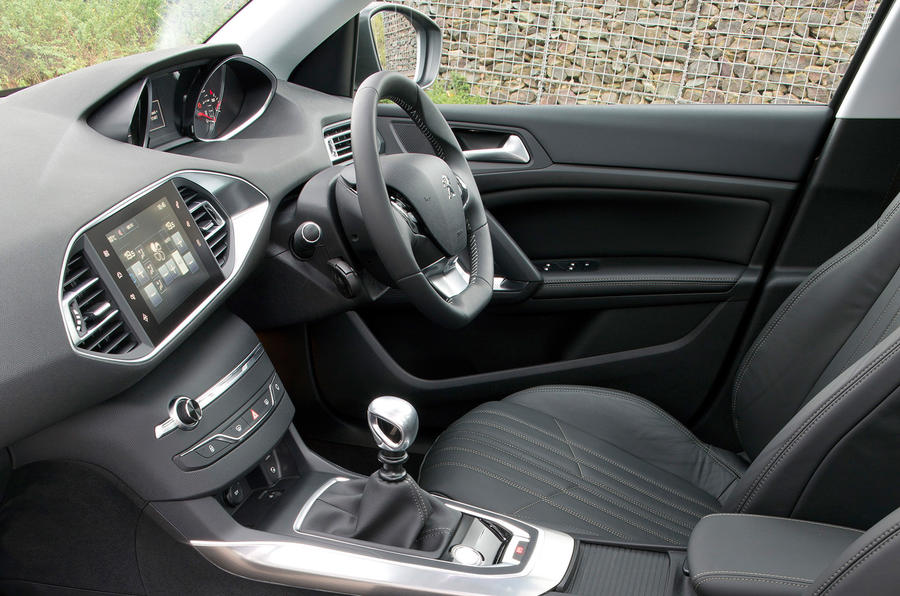 Peugeot 308 Feline 1.6 THP 156 first drive review