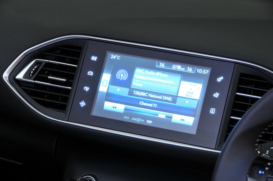 Peugeot 308 infotainment system
