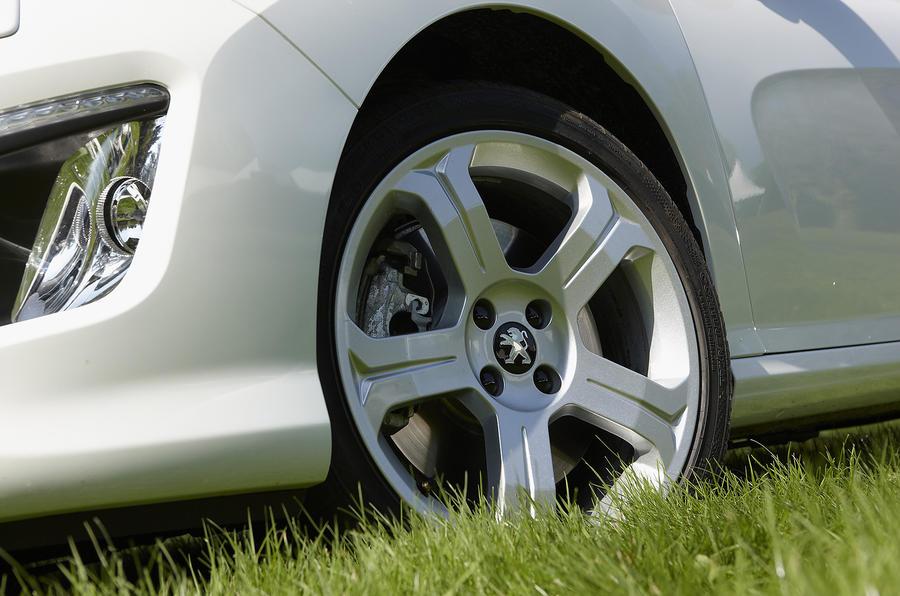 Peugeot 308 CC 18in alloys