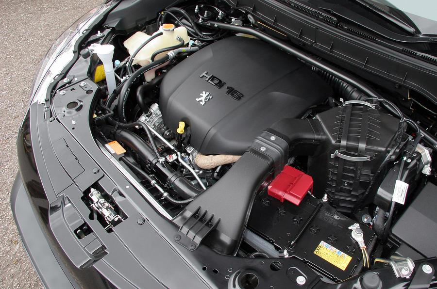 Peugeot 4007 2.2-litre diesel engine