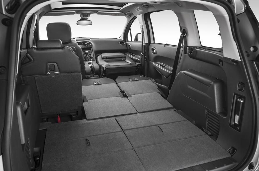 Peugeot 5008 rear space