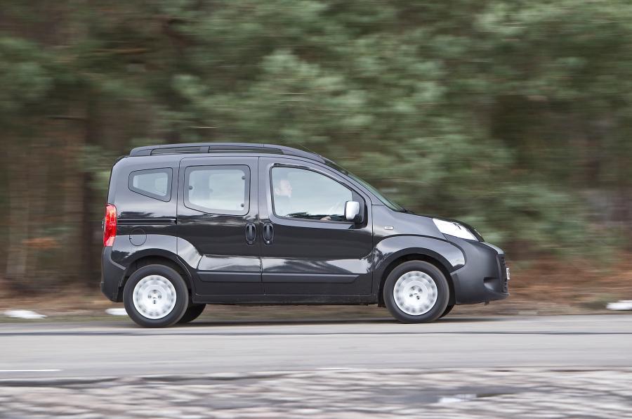 Peugeot Bipper Tepee side profile
