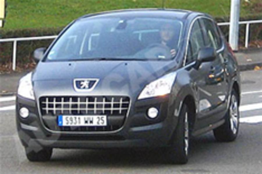 Spied: Peugeot 3008
