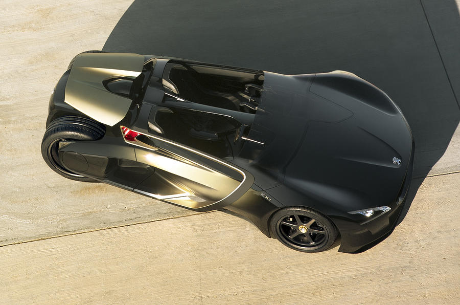 Radical Peugeot EX1 uncovered