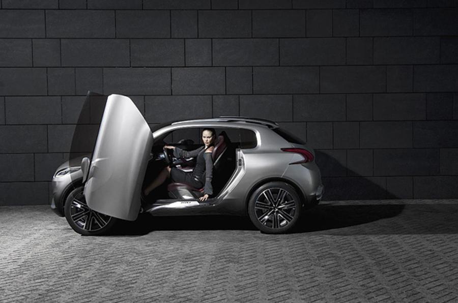 Paris motor show: Peugeot HR1