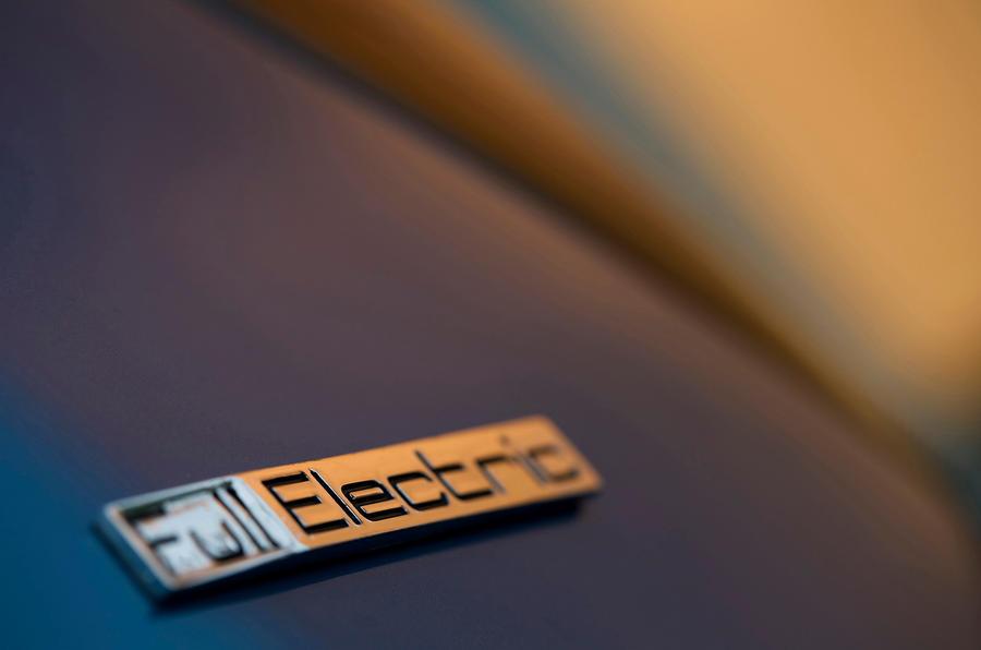 Peugeot Electric badging