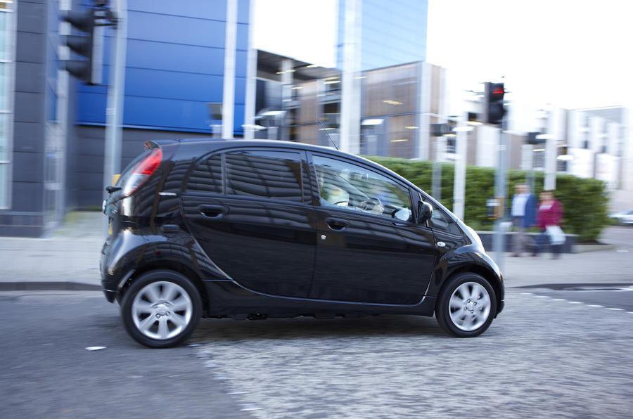 Peugeot iOn side profile