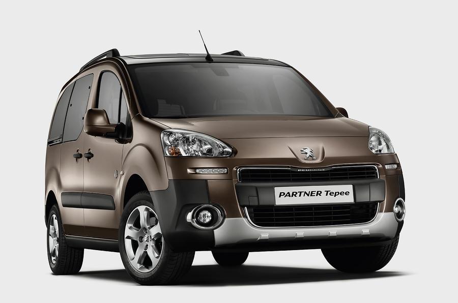 Peugeot Partner Tepee front quarter