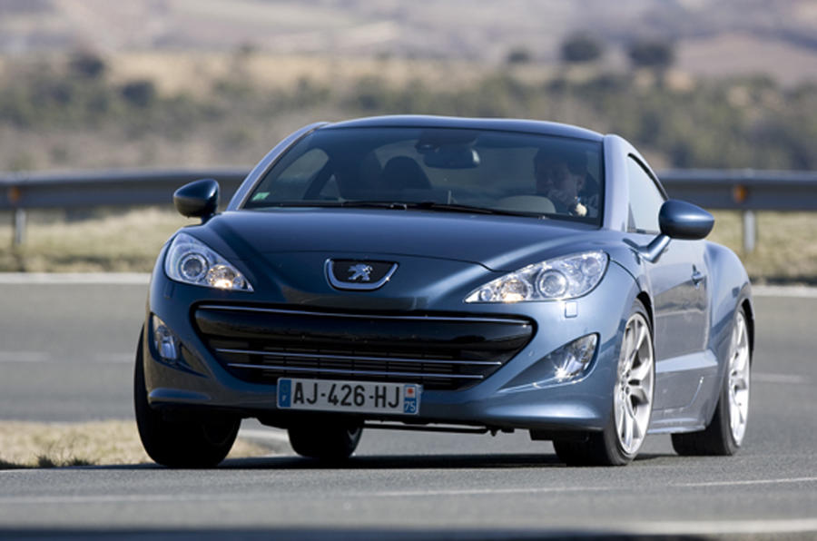Peugeot RCZ on video