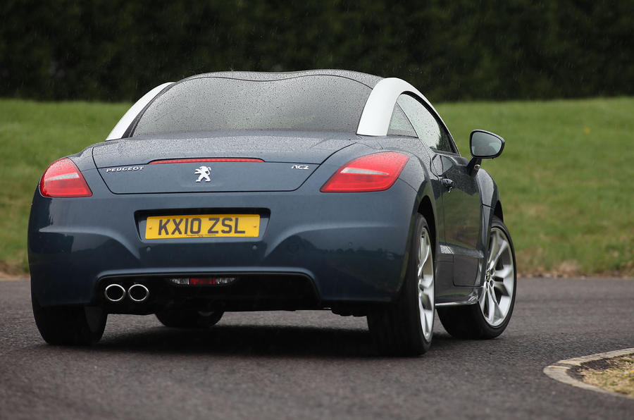 Peugeot RCZ rear cornering