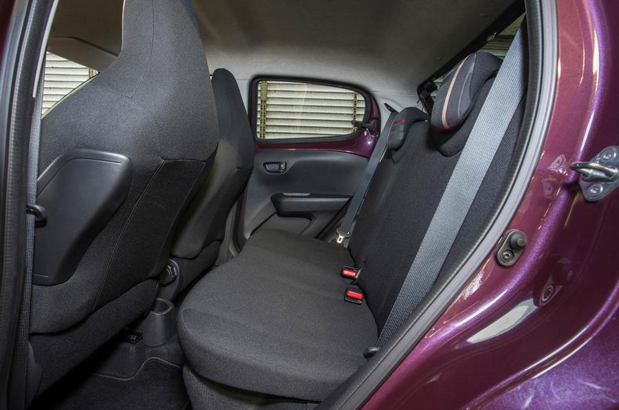 Peugeot 108 rear seats
