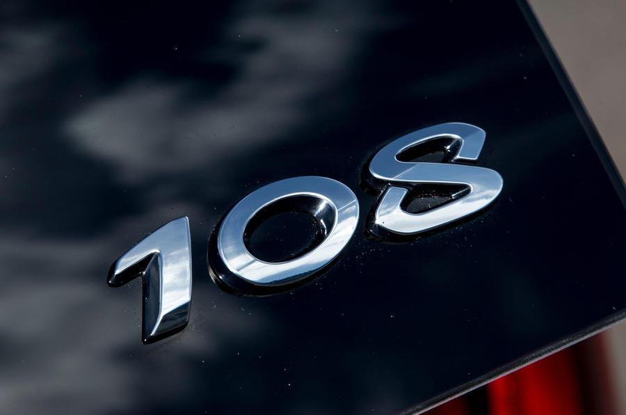 Peugeot 108 badging