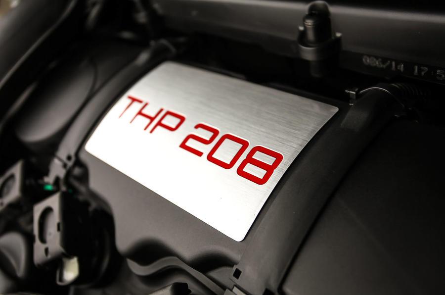 Peugeot 208 GTi THP engine