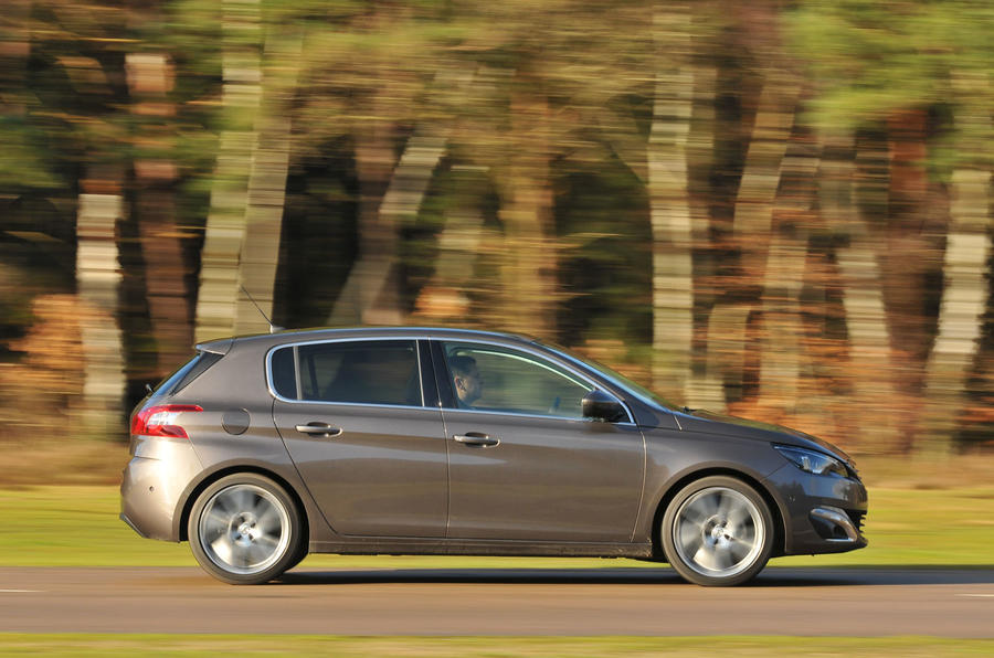 peugeot 308 bluehdi 150 feline first drive. Black Bedroom Furniture Sets. Home Design Ideas