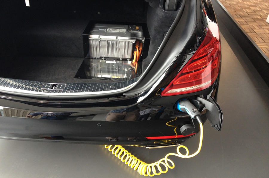 Plug-in hybrid Mercedes S-class planned