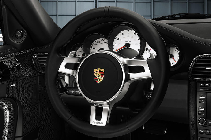 paddle shifters come to porsche autocar. Black Bedroom Furniture Sets. Home Design Ideas