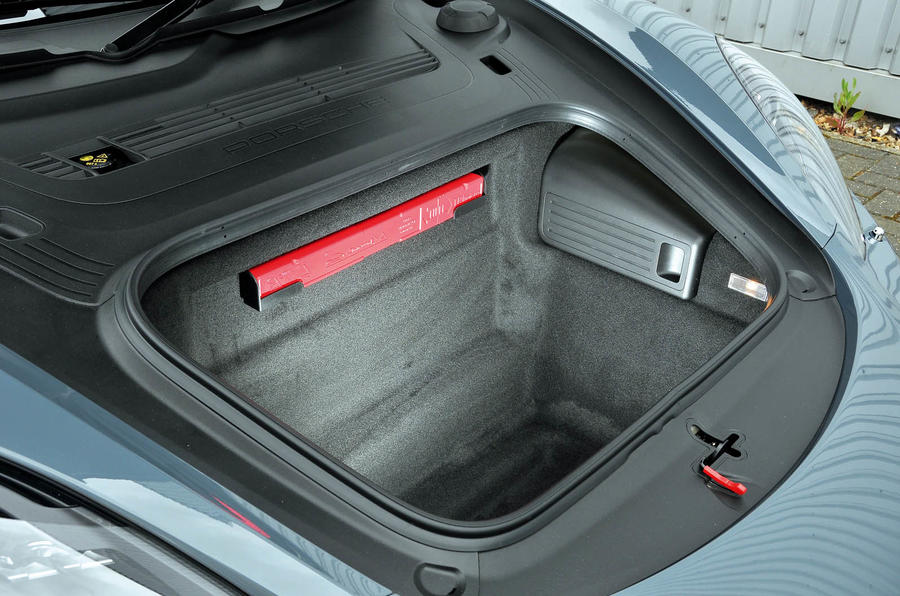 Porsche 718 Boxster front boot