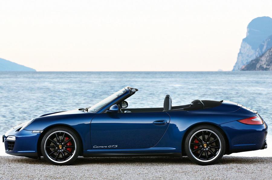 Paris show: Porsche 911 Carrera GTS