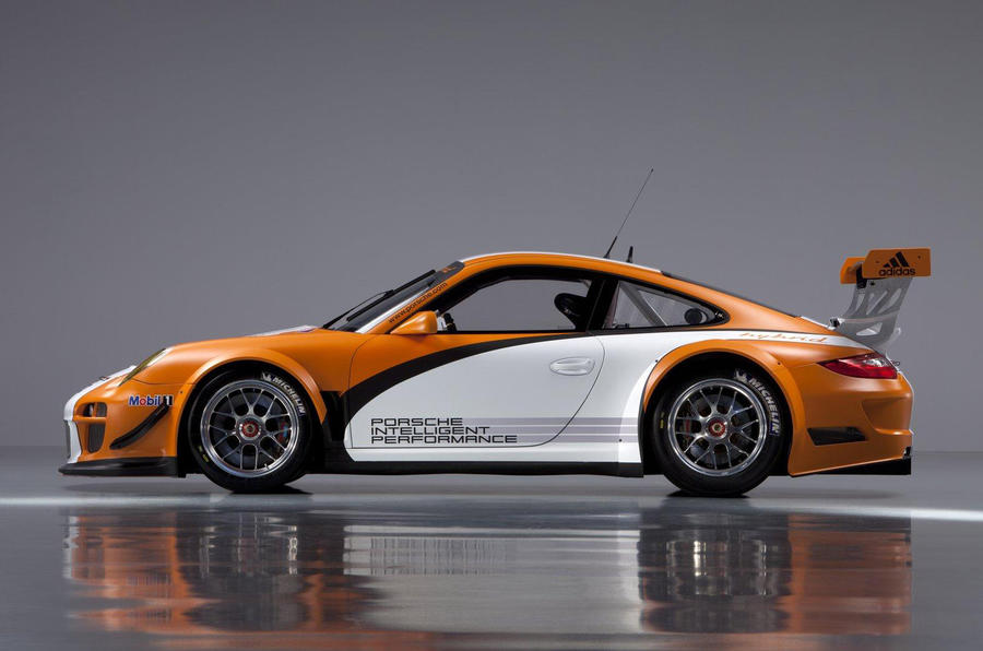 Porsche's revised hybrid racer