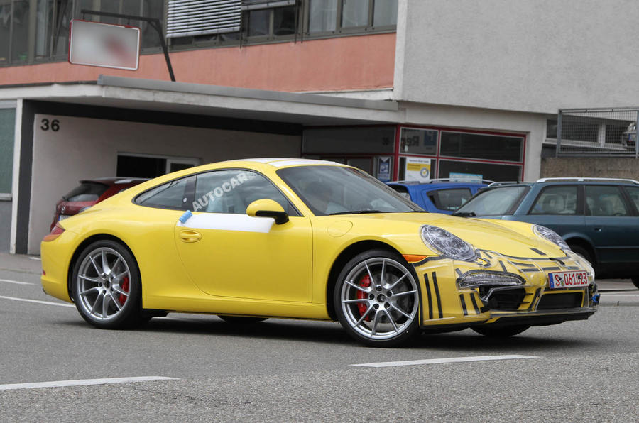 New Porsche 911 scooped