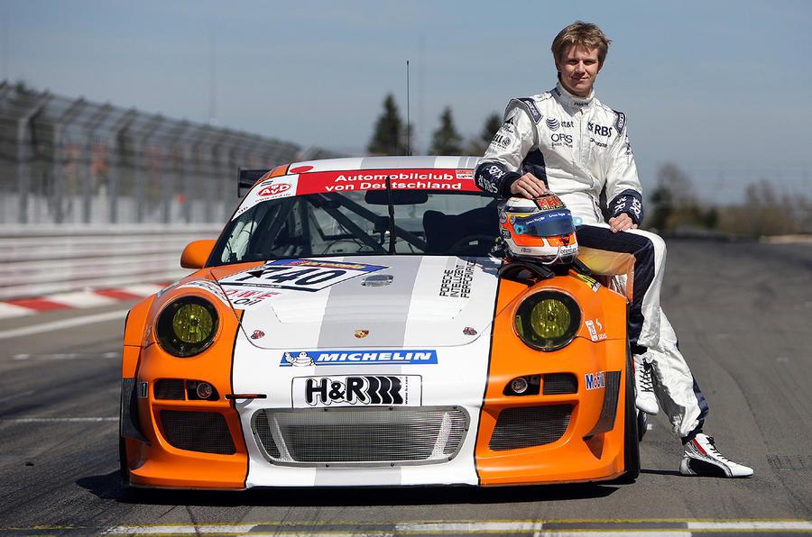 Porsche 911 hybrid in action