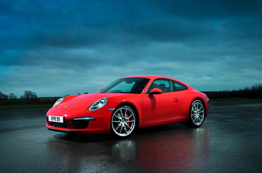 4 star Porsche 911