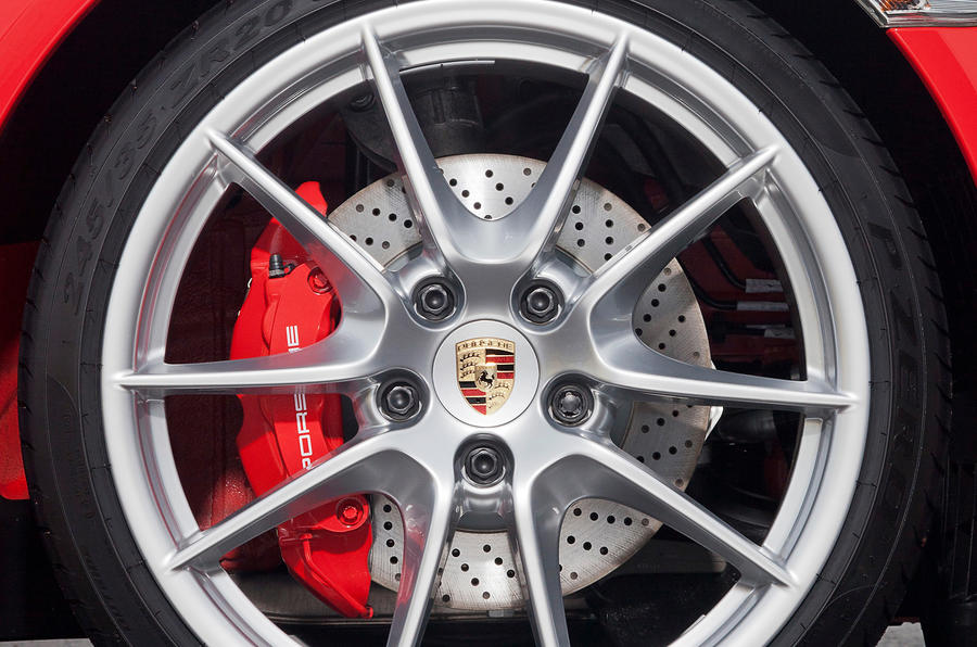 Porsche 911 alloy wheels