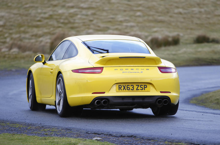 Porsche 911 Carrera S rear cornering