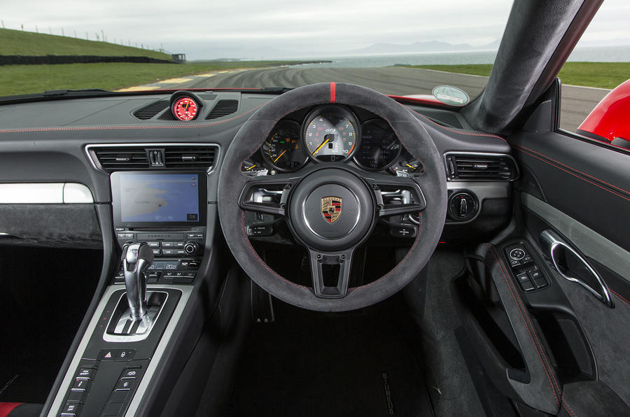 Porsche 911 GT3 dashboard
