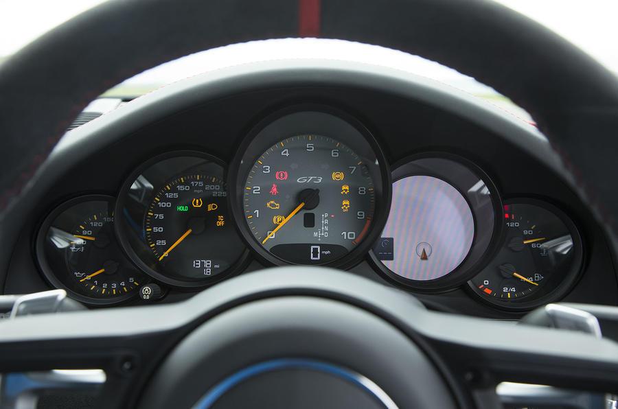 Porsche 911 GT3 instrument cluster