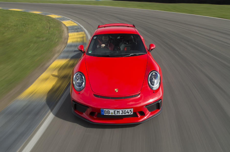 Porsche 911 GT3 top profile